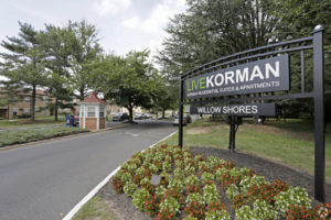 Korman Residential - Willow Shores Live Korman Sign